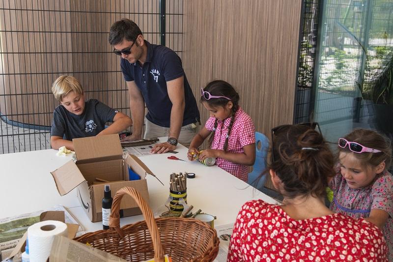 Kinder und Eltern erleben gemeinsam die KLIMA ARENA
